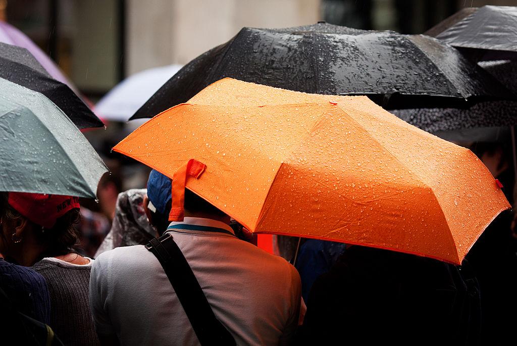Varför är ett paraply en perfekt gåva?
